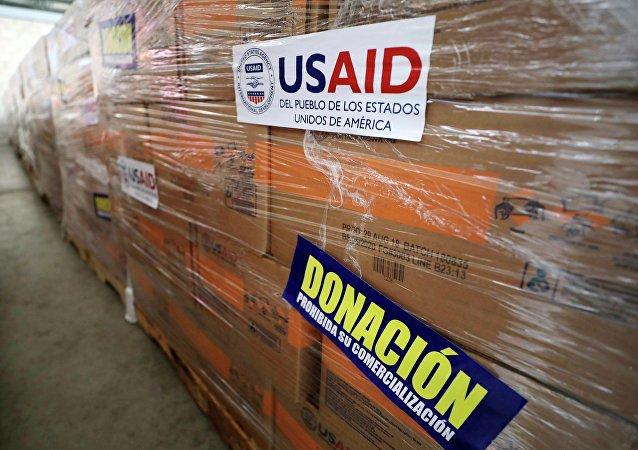 Ajuda humanitária dos EUA enviada à Venezuela e armazenada na Colômbia (arquivo)