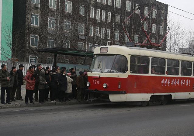 Bonde elétrico em Pyongyang