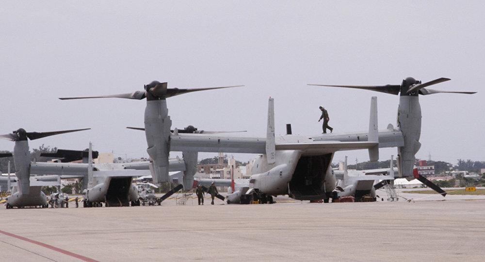 Os novos Ospreys MV-22 na Estação Aérea dos Fuzileiros Navais Futenma em Ginowan, Okinawa.