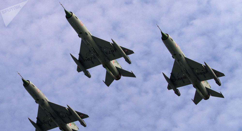 Caças índios MiG-21