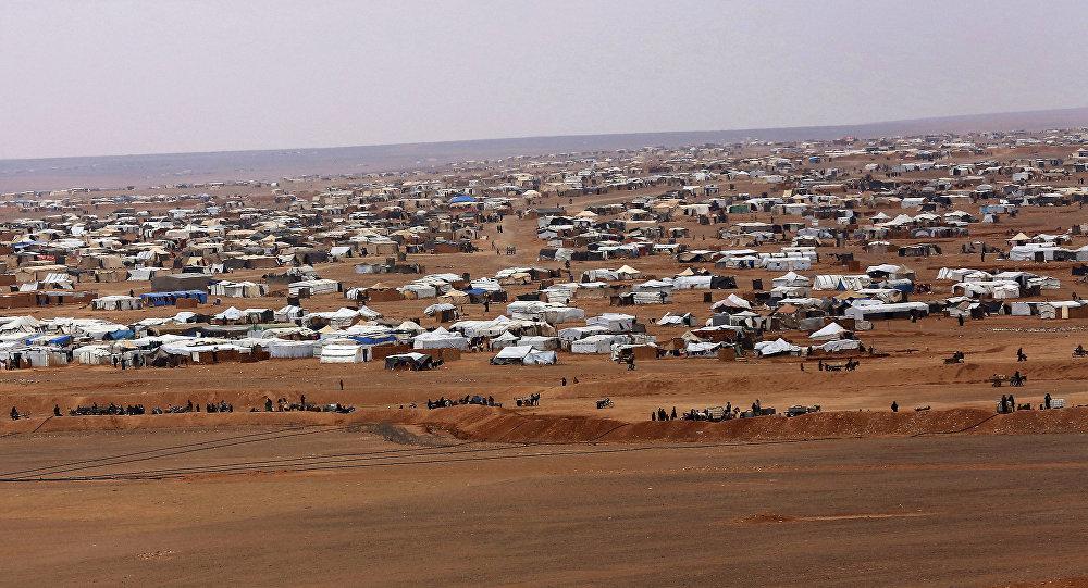 Vista aérea do acampamento informal Rukban, entre as fronteiras da Jordânia e da Síria.