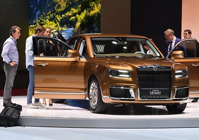 O modelo da Aurus, apresentado no Salão Internacional do Automóvel de Genebra