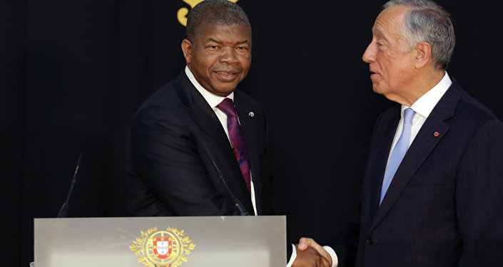 O presidente de Angola, João Lourenço, e seu homólogo português, Marcelo Rebelo de Sousa, durante o encontro em Lisboa em 22 de novembro de 2018