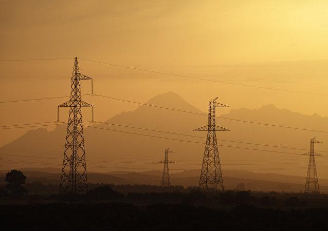 Linhas de transmissão de energia elétrica