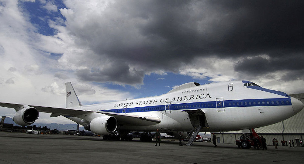 [CC0 / Domínio Público] Avião Boeing E-4B, também conhecido como avião do Juízo Final
