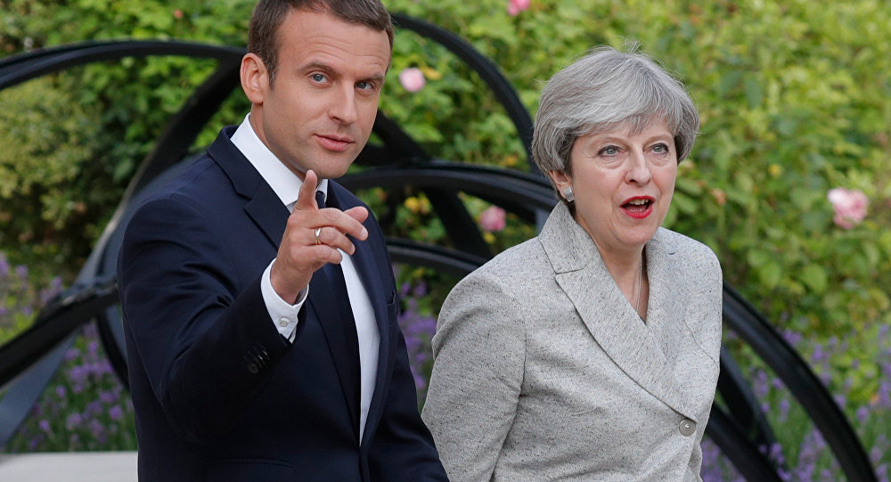 French President Emmanuel Macron and Britain's Prime Minister Theresa May