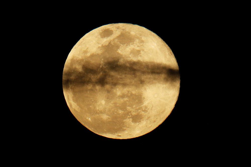 Lua cheia na Califórnia, em 20 de março de 2019