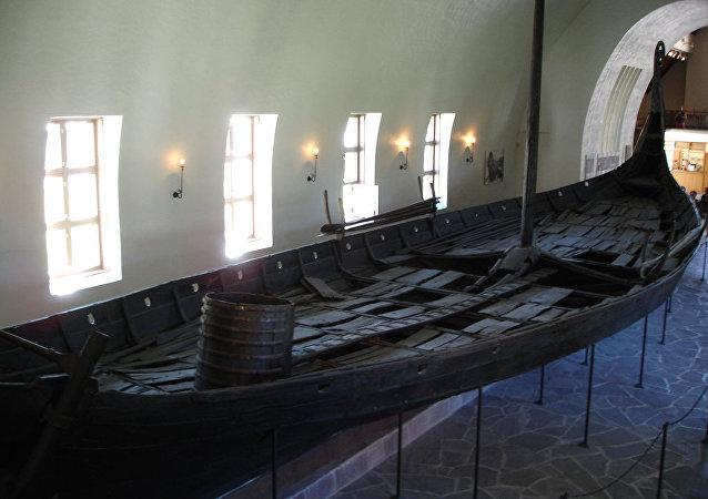 Barco funerário viking no Museu dos Barcos, em Oslo, Noruega (foto de arquivo)