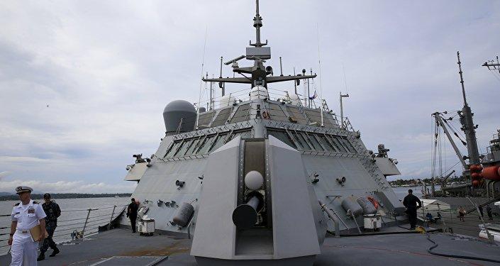 Navio da marinha norte-americana no mar do Sul da China.