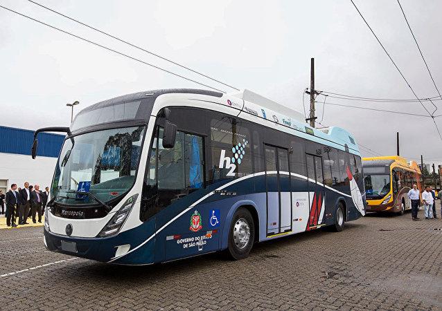 Junto com Estados Unidos, Canadá, Alemanha e China, Brasil é um dos cinco países que dominam a tecnologia dos ônibus movidos a hidrogênio