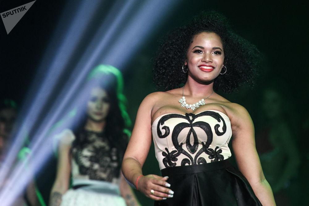 Participante do concurso de beleza Miss Internacional Mini 2019 realizado na capital russa