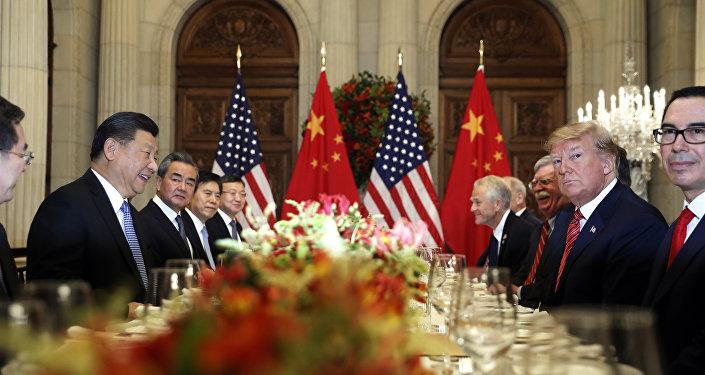 Donald Trump e Xi Jinping durante a reunião bilateral na cimeira do G20 em Buenos Aires