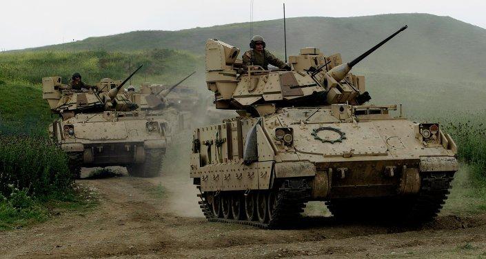 Vehículos blindados estadounidenses en Georgia