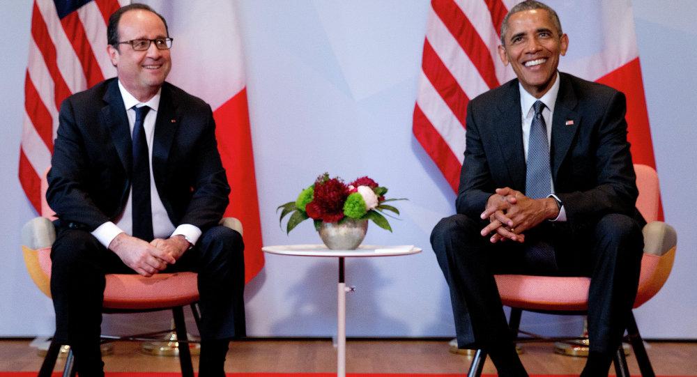 Presidente francês François Hollande e presidente dos EUA Barack Obama durante a cúpula G7. 8 de junho, 2015