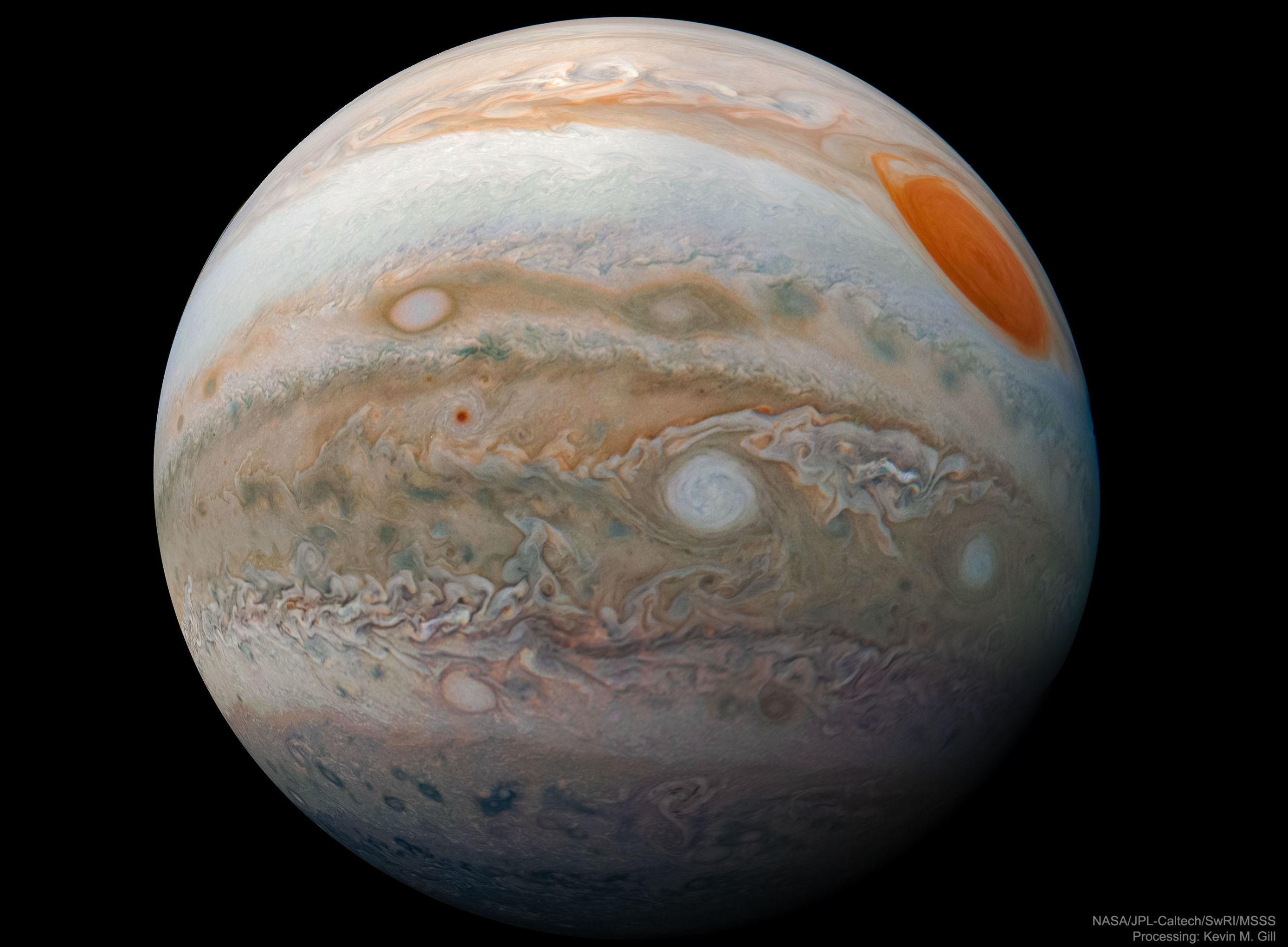 Imagem detalhada de Júpiter tirada pela sonda Juno da NASA