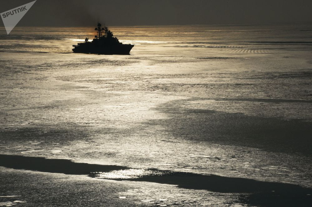 Contratorpedeiro da Frota do Pacifico Almirante Tributs, 2017