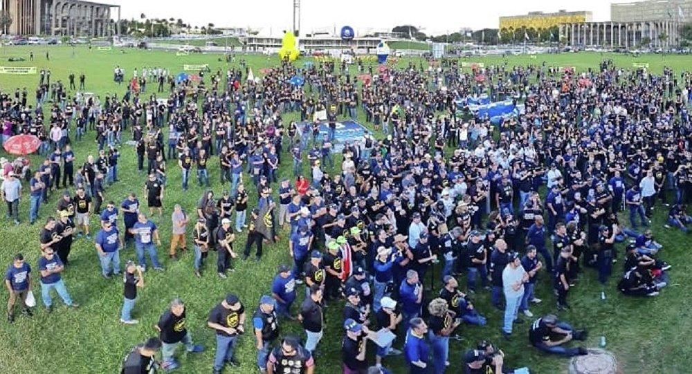 Policiais fazem ato em Brasília contra a reforma da Previdência de Jair Bolsonaro