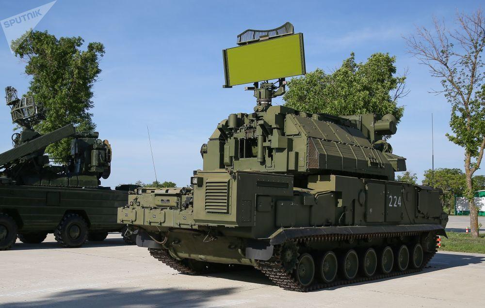 Sistema de mísseis táticos superfície-ar Tor-M2 nas competições militares Céu Limpo 2019