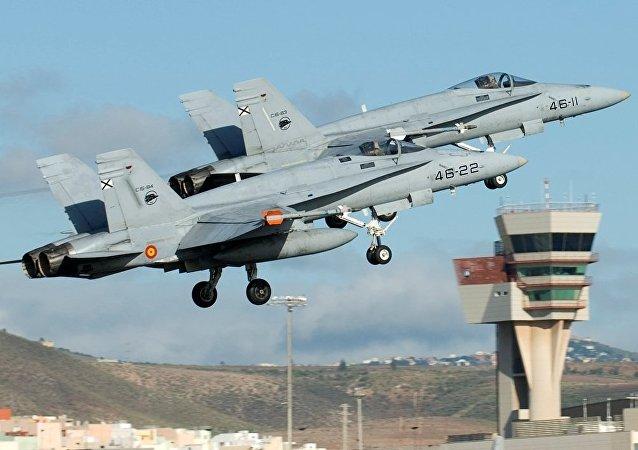 Dois jatos EF-18 da Força Aérea da Espanha