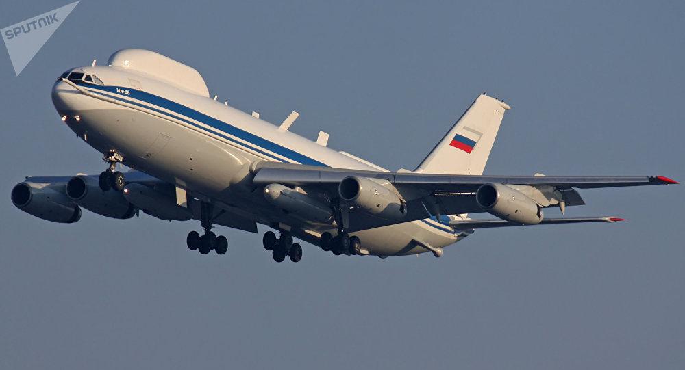 [CC BY 2.0 / Dmitry Terekhov] Posto de comando aéreo com base no avião Il-80