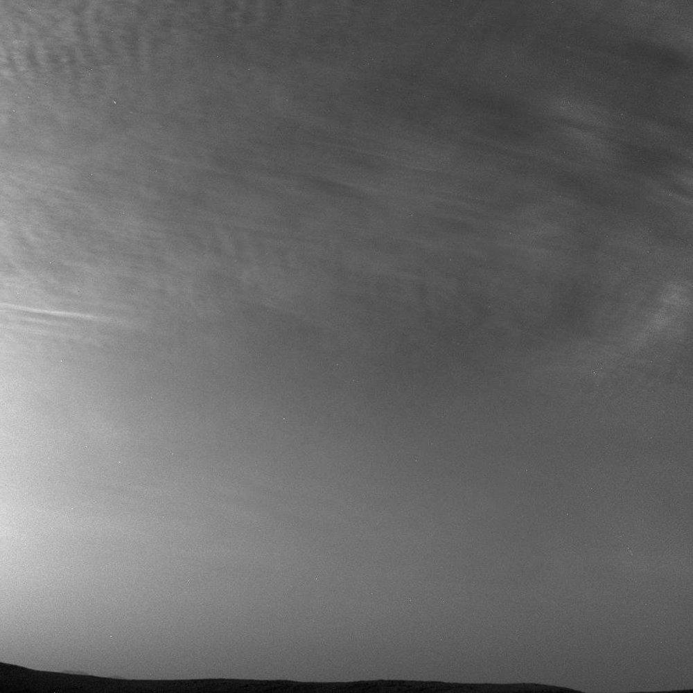 Foto de nuvens marcianas tirada pela sonda Curiosity da NASA