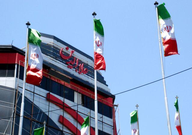 As exportações de petróleo do Irã sofreram uma acentuada queda devido a sanções impostas pelos Estados Unidos