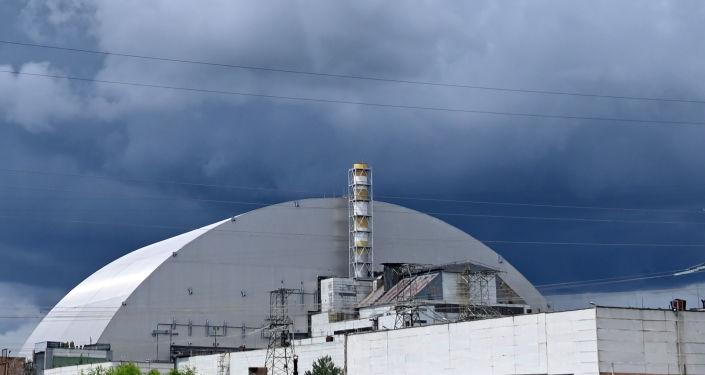 Novo sarcófago da usina nuclear de Chernobyl, na Ucrânia, criado pela construtora francesa Novarka, 10 de julho de 2019