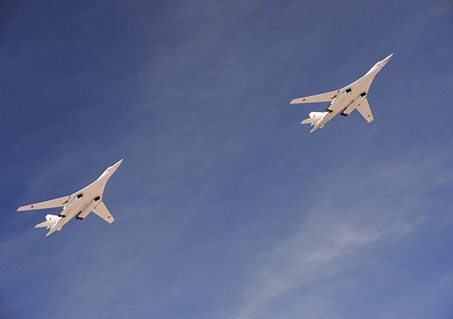 Bombardeiros Tu-160 russos