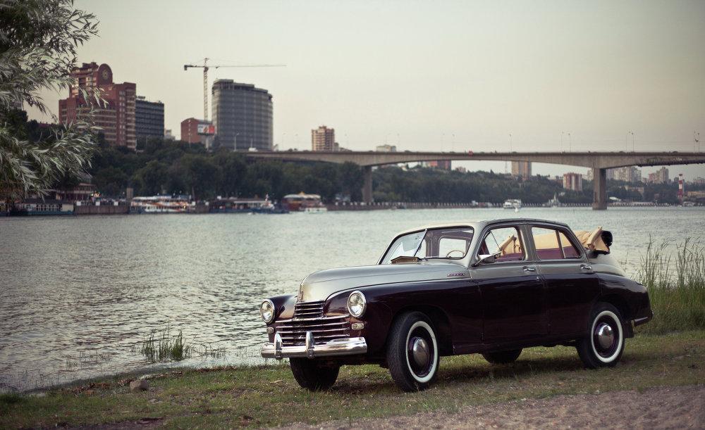 Pobeda foi retirada da produção em 1958. Cerca de 240.000 de carros Pobeda foram produzidos em total.