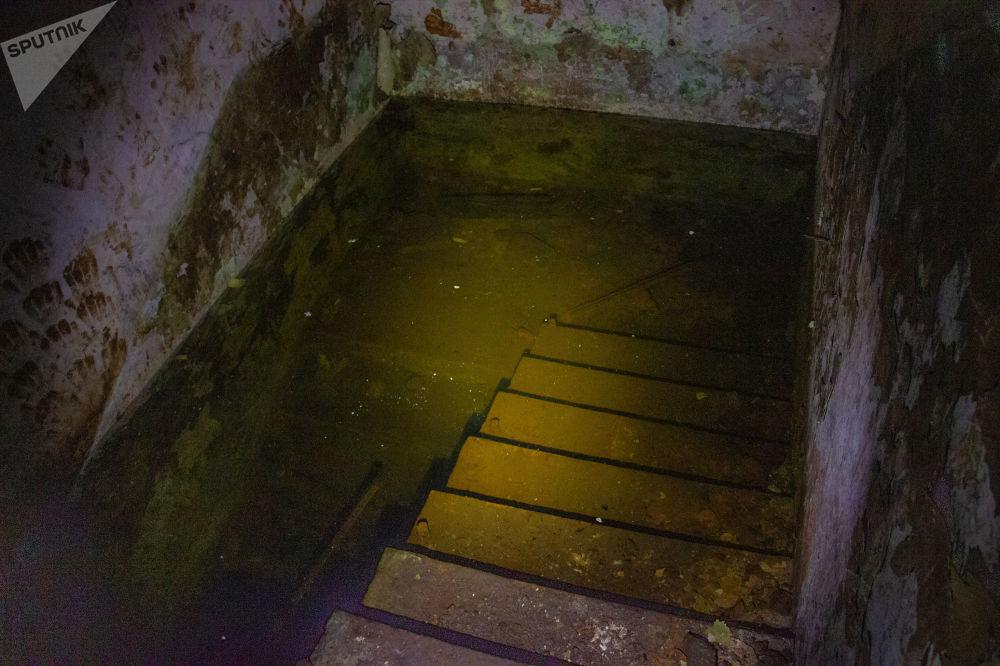 Silo inundado na antiga base militar de Dvina, na Bielorrússia