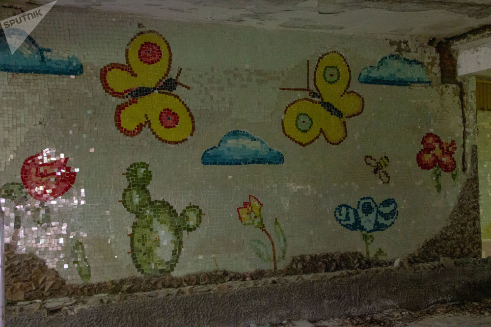 Mosaico na parede da base secreta de Dvina, na Bielorrússia