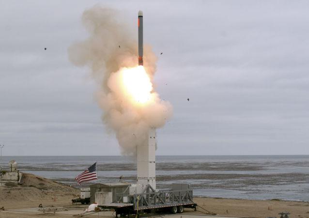 Teste do míssil de cruzeiro foi realizado no dia 18 de agosto na ilha de San Nicolas, na Califórnia, EUA. O míssil viajou por mais de 500 km, superando o que era antes estabelecidos por tratados entre EUA e Rússia.