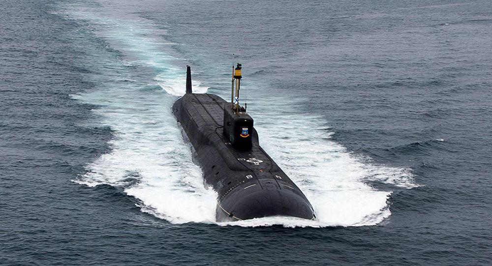 Submarino russo Yuri Dolgoruky do projeto 955 K-535, da Frota do Norte da Rússia (imagem referencial)