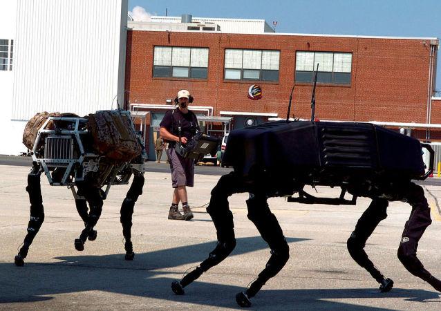 BigDog é um robô quadruplicado dinamicamente estável criado em 2005 pela Boston Dynamics