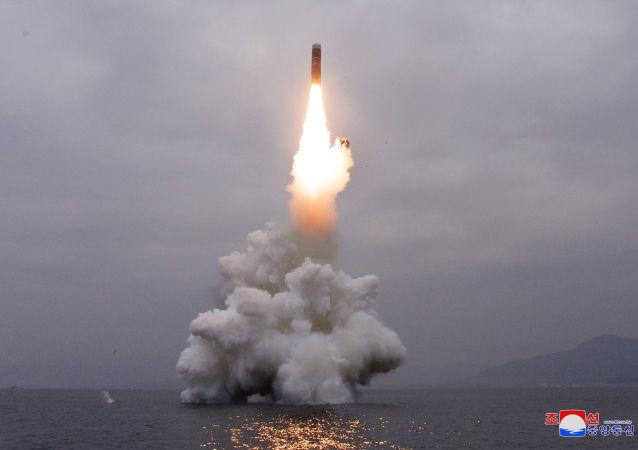 Coreia do Norte lança míssil balístico de submarino (SLBM), 2 de outubro de 2019