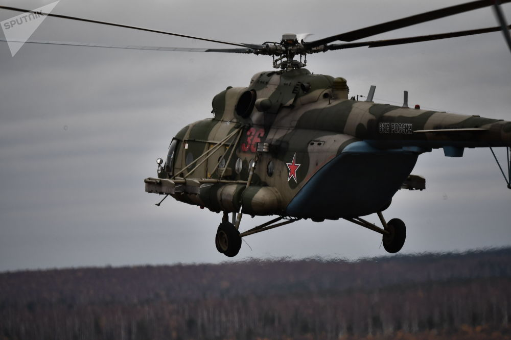 Helicóptero Mi-17 é fotografado durante treinamento militar da Organização do Tratado de Segurança Coletiva (OTSC)