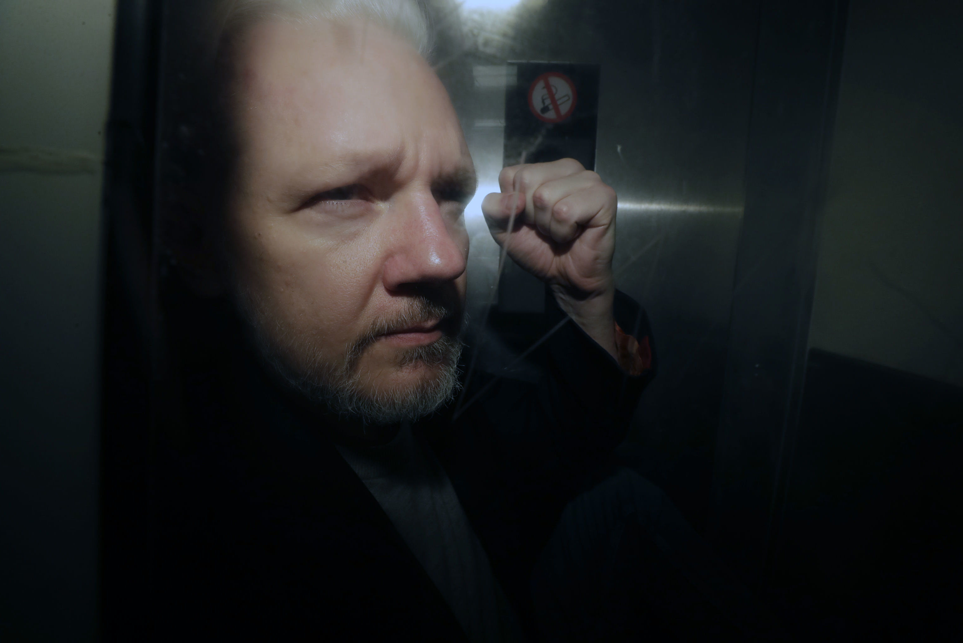 Fundador do WikiLeaks Julian Assange no Reino Unido