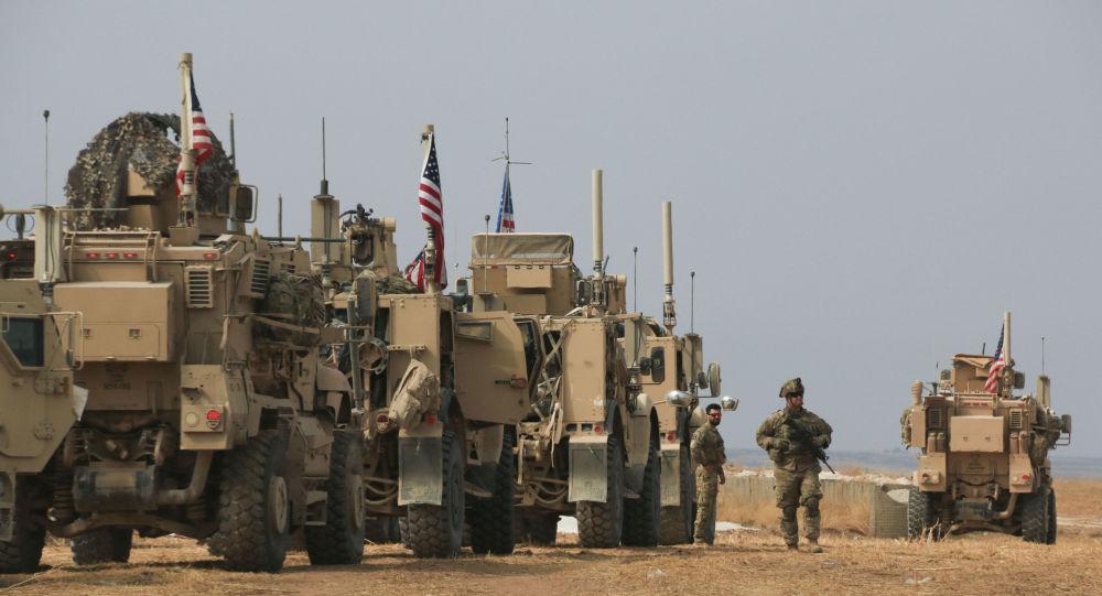 Comboio militar americano perto da cidade de Tel Tamer, norte da Síria, 20 de outubro de 2019