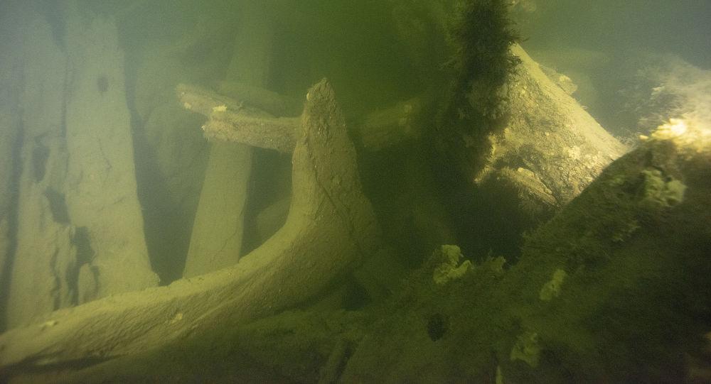 Restos do navio militar encontrado na Suécia