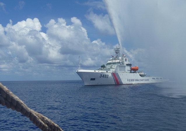 Membros da Guarda Costeira chinesa no mar do Sul da China (foto do arquivo)