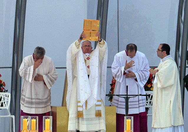 Papa Francisco em visita ao Brasil durante a Jornada Mundial da Juventude de 2013