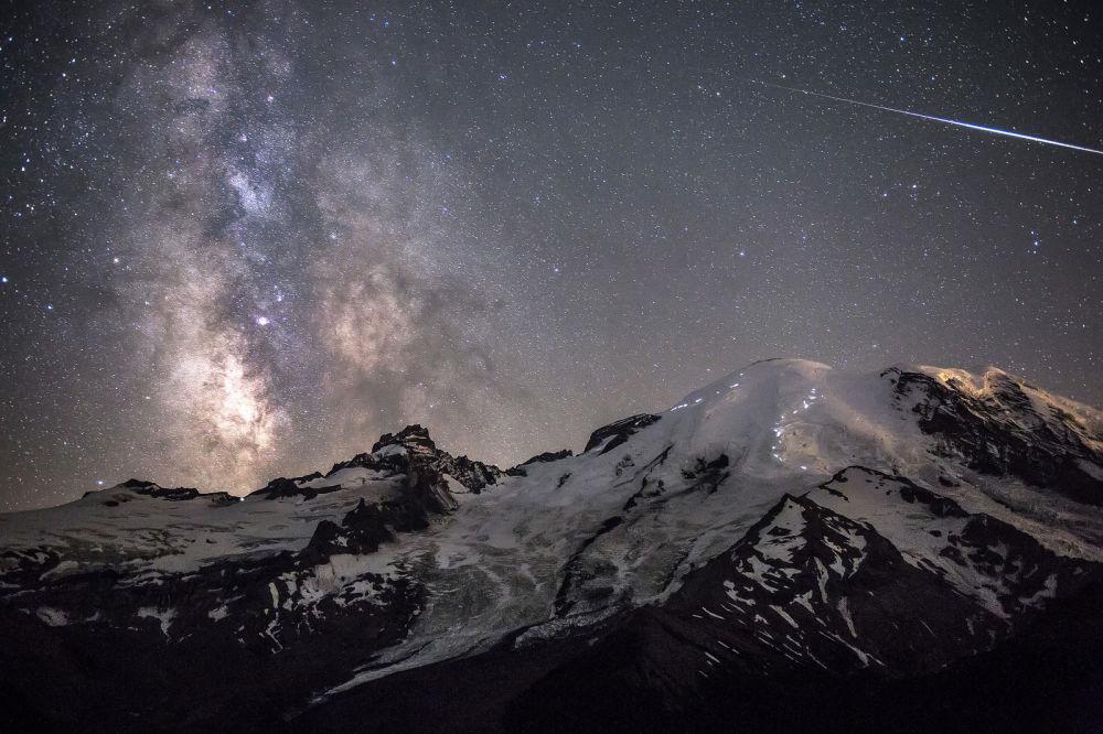 A foto de Brad Goldpaint Ascensão dos Anjos.