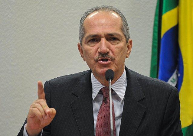 Aldo Rebelo.