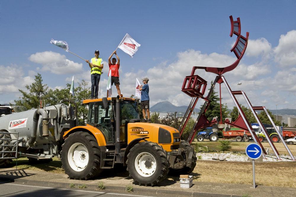 Greve de agricultores no oeste da França