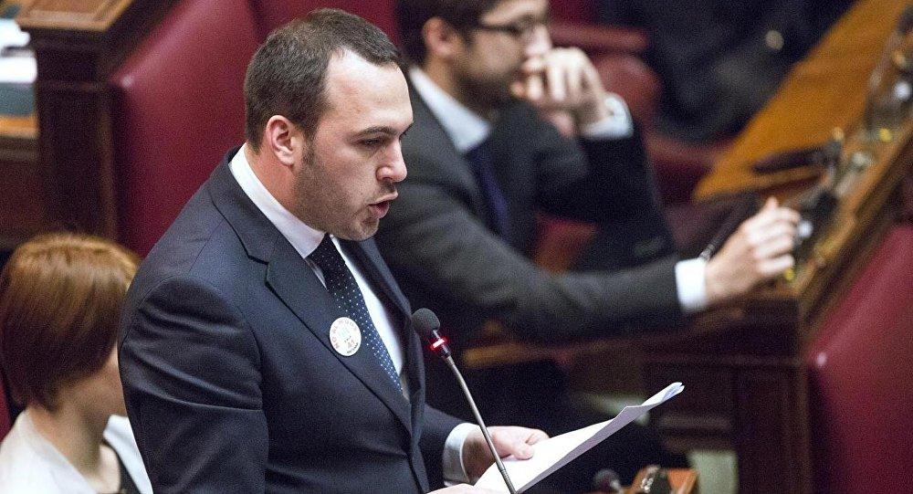 Manlio Di Stefano. Foto de arquivo
