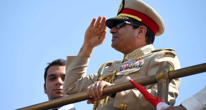 Abdul Fatah Khalil Al-Sisi, presidente egípcio, visita a Cerimônia de abertura da nova via do Canal de Suez na cidade egípcio Ismailia