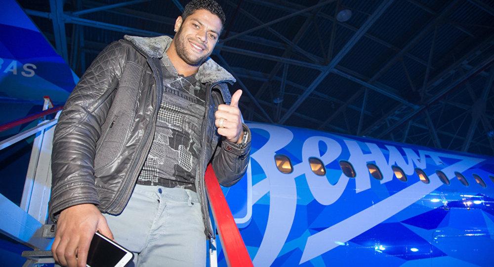 Hulk no avião do Zenit