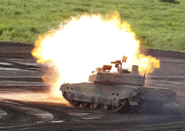 Tanque durante exercícios militares