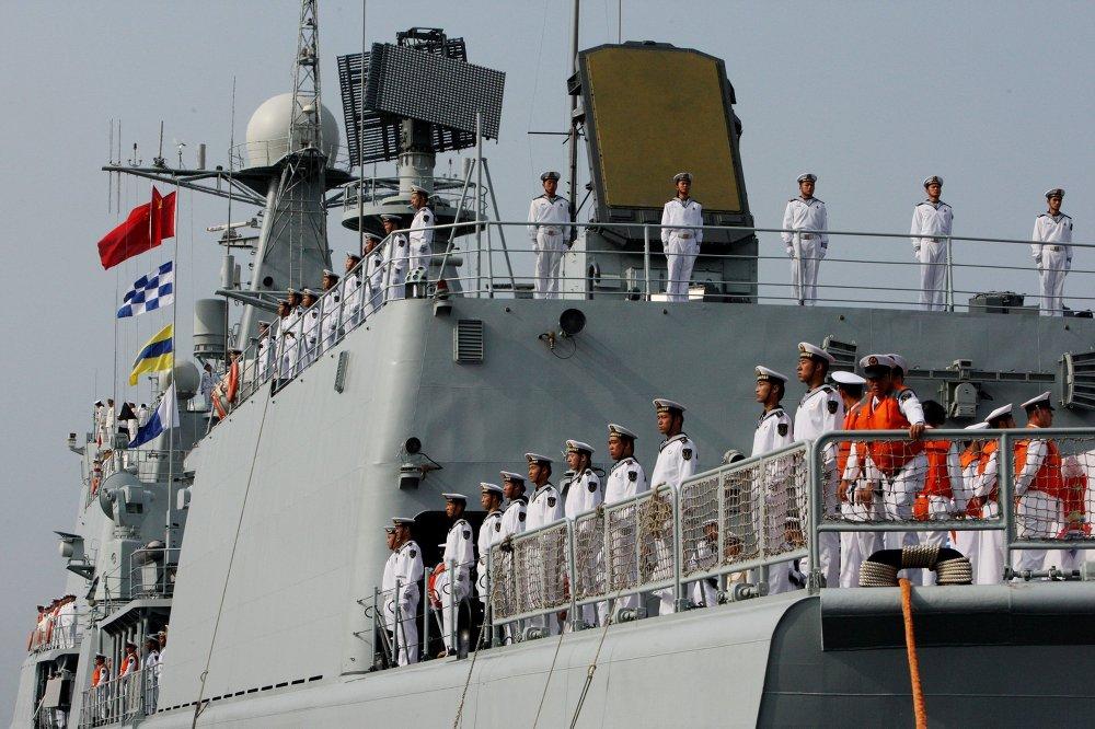 Os exercícios ocorrem na cidade de Vladivostok no Extremo Oriente da Rússia. A tripulação do destróier Shenyang que chegou em Vladivostok juntamente com seis outros navios de guerra chineses para a segunda fase da Cooperação Naval 2015.