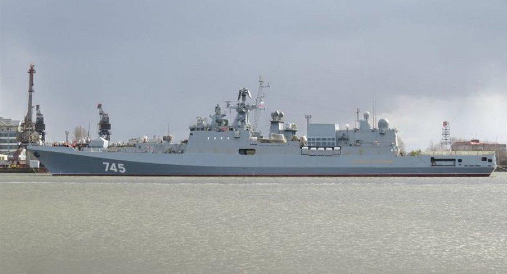 A sofisticada fragata russa Admiral Grigorovich, construída especialmente para a Frota do Mar Negro, está atualmente passando por testes no mar nas águas do mar Báltico.